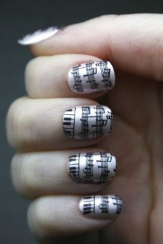 Sheet Music Nails - I know someone who would like these. Music Note Nails, Music Nails, Piano Nails, Black Nail Designs, Nail Polish Designs, Nail Art Designs, Nails Design, Cute Nails, Pretty Nails