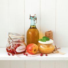 Itse tehty omenasose maistuu puuron, jogurtin tai viilin kanssa. Herkuttele tuoreilla sämpylöillä, omenasoseella ja lempijuustollasi.