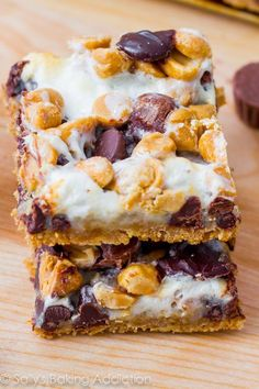 Peanut Butter S'more Layer Bars sallysbakingaddiction.com | 7 layers of s'more and peanut butter goodness. This dessert is dangerously simple to make!