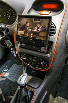 PEUGEOT 206 2003 - MÃOS NA RODA - Revista Car Stereo Car Goals, Car Audio, Car Accessories, Concept Cars, Cars And Motorcycles, Vehicles, Luxury Cars, Garage, Passion