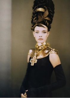 Natalia Vodianova by Paolo Roversi for Vogue Italia, September 2006 ('Like a Painting').