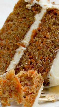 very best homestyle carrot layer cake with cream cheese frosting.The very best homestyle carrot layer cake with cream cheese frosting. Just Desserts, Delicious Desserts, Dessert Recipes, Yummy Food, Pudding Recipes, Casserole Recipes, Carrot Recipes, Sweet Recipes, Gma Recipes