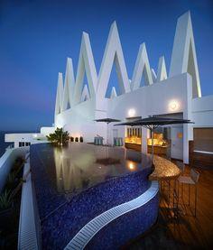 #Mosaic #tile pool. Pepe Calderin Design - ACOYA