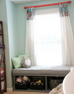 Teenage Girl's Artsy Bedroom Makeover
