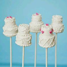 Wedding cake cake-pops