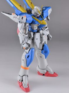GUNDAM GUY: HGUC 1/144 V2 Gundam - Customized Build