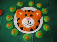 tiger cupcakes - Google Search