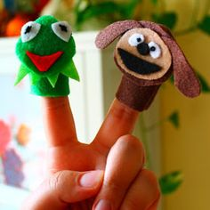 alicia policia: Mini-Muppet Finger-Puppet Favor Bags