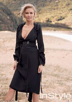 Showing off her pregnancy curves: Lara Worthington shows a hint of her baby bump and pregn...