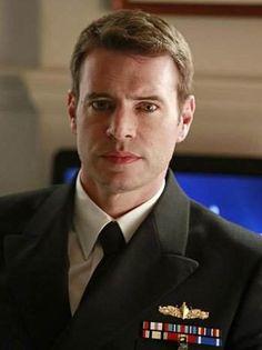 SCOTT FOLEY - Jake Ballard dans la série Scandal