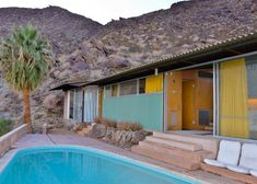 8 Mid-Century Houses in Palm Springs That Will Make You Dream