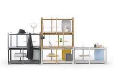 El estudio de diseño con sede en Bangkok, Thinkk Studio, diseñó un sistema de repisas modular que permite usar el espacio de diversas maneras.