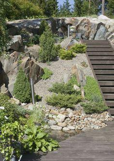 Garden Equipment, Side Yards, Garden Landscape Design, Outdoor Living, Outdoor Decor, Backyard Landscaping, Garden Furniture, Garden Tools, Home And Garden