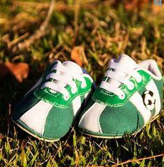 Na Htinhos, nenhum time fica de fora, compre online! http://www.htinhos.com.br/produto/chuteira-de-bebe-verde-e-branco-htinhos-h1402pa.html