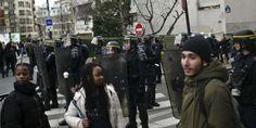 #Paris teens block schools, protesting police violence