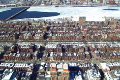 If you're looking for an apartment in Boston, you  might want to know that the rental rate went down during the last quarter of 2014. It helps to look for an apartment during the winter!