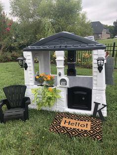 Create your own 'Fixer Upper' Playhouse for your favorite little. Family project, little girl playhouse. Painted Playhouse, Diy Playhouse, Playhouse Outdoor, Kids Plastic Playhouse, Little Tikes Playhouse, Toddler Playhouse, Outdoor Play Spaces, Outdoor Fun, Outdoor Decor