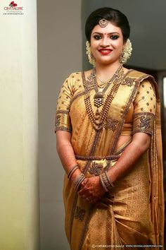 Kerala Hindu Bride, Kerala Wedding Saree, Pattu Sarees Wedding, Bridal Sarees South Indian, Wedding Saree Blouse, Bridal Silk Saree, Indian Bridal Fashion, South Indian Bride, Pattu Saree Blouse Designs