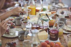 Prepara un desayuno para tus amigos y familiares