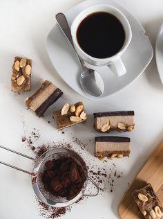 Kahvia & Kasvisruokaa: Snickers palaset (V, Gf)