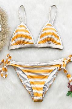081dcc02a5 Cupshe - Live Life On The Beach Gestreifter Bikini, Bikini Sets, Bikini  Bottoms,
