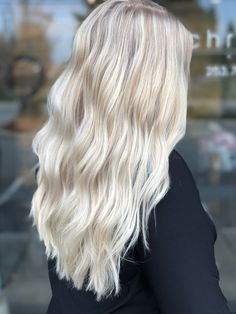 winter blonde ❄️ by Terry Ross Tacoma,WA ? winter blonde ❄️ by Terry Ross Tacoma,WA - - Blonde Hair Shades, Light Blonde Hair, Honey Blonde Hair, Blonde Hair Looks, Icy Blonde, Platinum Blonde Hair, Winter Blonde Hair, Platinum Blonde Highlights, Blonde Fall Hair Color