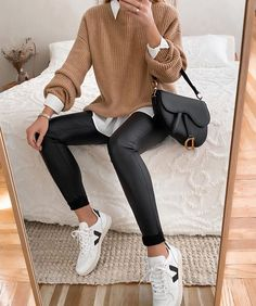 Fashion Tips Casual .Fashion Tips Casual Winter Fashion Outfits, Fall Winter Outfits, Look Fashion, Winter Dresses, Fashion Fall, Fashion Women, Summer Outfits, Summer Dresses, Fashion 2020