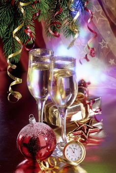 Purple Christmas, Winter Christmas, Christmas Holidays, Christmas Cards, Happy New Years Eve, Merry Christmas And Happy New Year, Christmas Arrangements, Christmas Decorations, New Year Clock