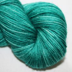 4ply British Wool and Nylon - semi solid green