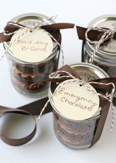 Gift Wrap Idea - Home-made Chocolate Cupcakes in a Jar ♥