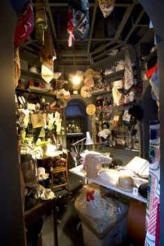 """Stephen Jones' """"atelier"""" - an installation of a milliners' studio for the V & A Museum's """"Hats -  an anthology by Stephen Jones"""" exhibition.[larger image: http://images.suite101.com/754365_com_milinersat.jpg]"""