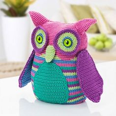 Eule_wolle-camilla-300x300_small2...This is one of the cutest owl toys I've seen in awhile!...free crochet pattern!