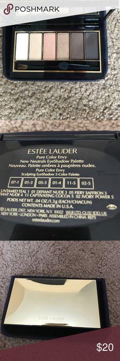 Estée Lauder eye palette Estée. Lauder New Neutrals eye palette; only swatched Estee Lauder Makeup Eyeshadow