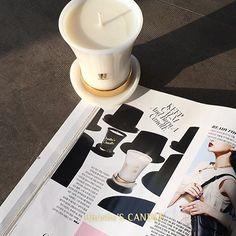 #보그(@voguekorea) 5월호에 #찰리스캔들(@charlies_candle)이 소개되었어요. #찰리스캔들 #젠틀에디션 #블랙 #화이트 #향초 #캔들 #디퓨저 #매거진 #잡지 #가정의달 #선물추천 #보그 #영국 #힐링 #소이왁스 #리빙퍼퓸 #CharliesCandle #Black #candle #diffuser #healing #soywax #livingperfume #f4f #vogue