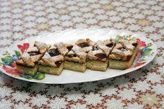 Tvaroho-pudingový mrežovník - Múčnik je vhodný na nedeľu alebo hocikedy keď máme naň chuť, je výborný! Waffles, French Toast, Breakfast, Food, Basket, Morning Coffee, Essen, Waffle, Meals