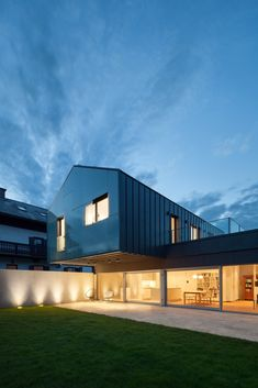 Gallery of WER House / Spado Architects - 5