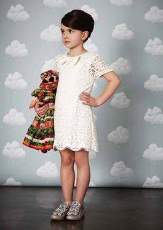 Bartsch's Cotton Clouds wallpaper in British magazine Baby & Me