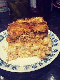 rakott-nokedli-nagyon-egyszeru-etel-mi-imadjuk Beef Dishes, Pasta Dishes, Dessert, Ravioli, Macaroni And Cheese, Pork, Food And Drink, Chicken, Cooking