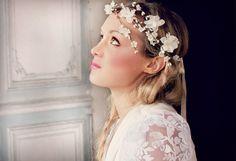 Flower Cascade Crown Wedding Tiara wedding accessories por deLoop