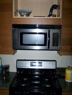Microwave Above Stove On Pinterest Jeff Lewis Design