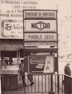 Estación Pueblo Seco (lo que hoy es Paral·lel). Barcelona City, Barcelona Catalonia, Water For Health, Urban Sketching, Photo Postcards, Best Cities, Old Photos, The Good Place, Poster
