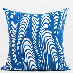 G Home Collection Luxury Warp Chevron Embroidered Throw Pillow Color: Blue