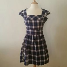 "Kenzie plaid vintage inspired dress Blue and purple plaid 100% cotton flannel letter dress. Overall length from top of the back collar to the bottom is 32.5"". Bust is 32"" Side zip closure.Comes with a sash to tie in a pretty bow at the back.  Only worn a few times. No longer fits and hasn't seen the light of day in 4 years. Soft fabric makes this dress feel like you're wearing a hug. 2nd and 3rd pic are truest to color but the lighting is tricky in here. The last pic does not reflect the…"