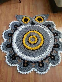 Owl Crochet Doily Rug Pattern for creativity. Crochet Doily Rug, Crochet Rug Patterns, Crochet Carpet, Crochet Owls, Crochet Motifs, Knit Crochet, Crochet Owl Blanket, Crochet Home Decor, Crochet Crafts