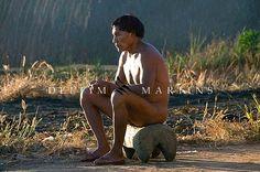 Photo by DELFIM MARTINS/ Índio Dyaua Kalapalo na Adeia Aiha - Etnia Kalapalo - Parque Indígena do Xingu.