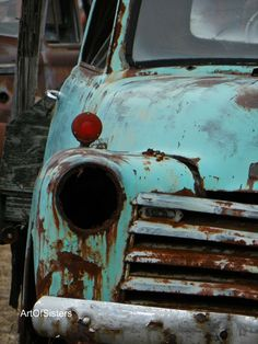 this is a collection of eclectic, worn and rusty. some is past it's time of beauty.but beauty is in the eye of the beholder, so there is still hope! Vintage Trucks, Old Trucks, Classic Trucks, Classic Cars, Rust Never Sleeps, Rust In Peace, Rusty Cars, Abandoned Cars, Hood Ornaments