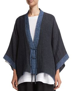 Eskandar Shanghai Two-Tone Jacket, Bateau-Neck Tunic & Flare-Leg Cropped Trousers Diy Tricot Crochet, Look Fashion, Womens Fashion, Fashion Design, Kimono Jacket, Cropped Trousers, Shibori, Kimono Fashion, Shanghai