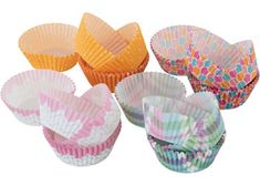 This pack of pretty patty pans includes 4 patterned designs great for decorating Easter and Mother's Day crafts. Patty pans can be used for baking your favourite cupcakes or muffins or in art & craft as a collage item. Pack of 100 (25 of each design). Size: 5.3cm base x 3cm high.