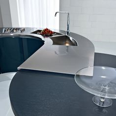 ARTIKA Lacquered kitchen by Pedini