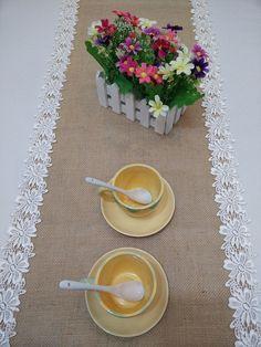 Corridori della tabella della tela di iuta di BridalWireHanger